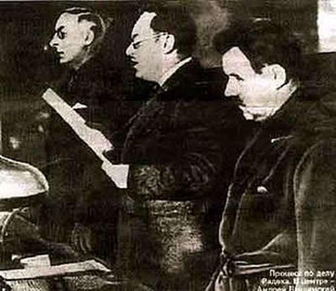 verita-storica-sui-complotti3